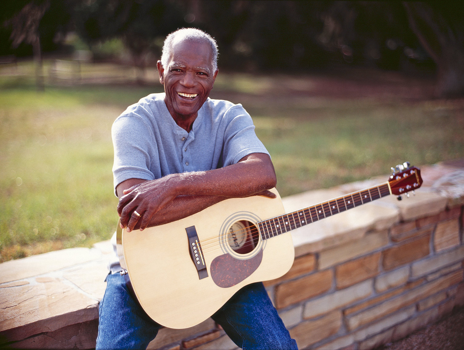 elderly black man portrait with guitar_Robert_Holland.jpg