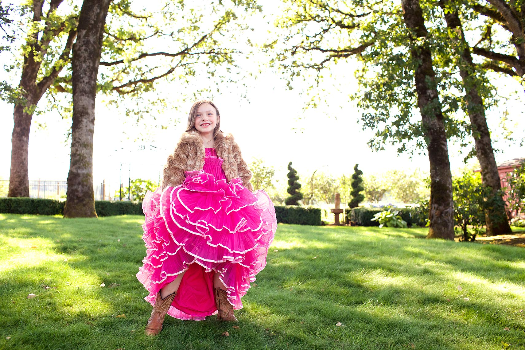 young girl in pink gown, fur and cowboy boots_Robert-Holland_MG_6666