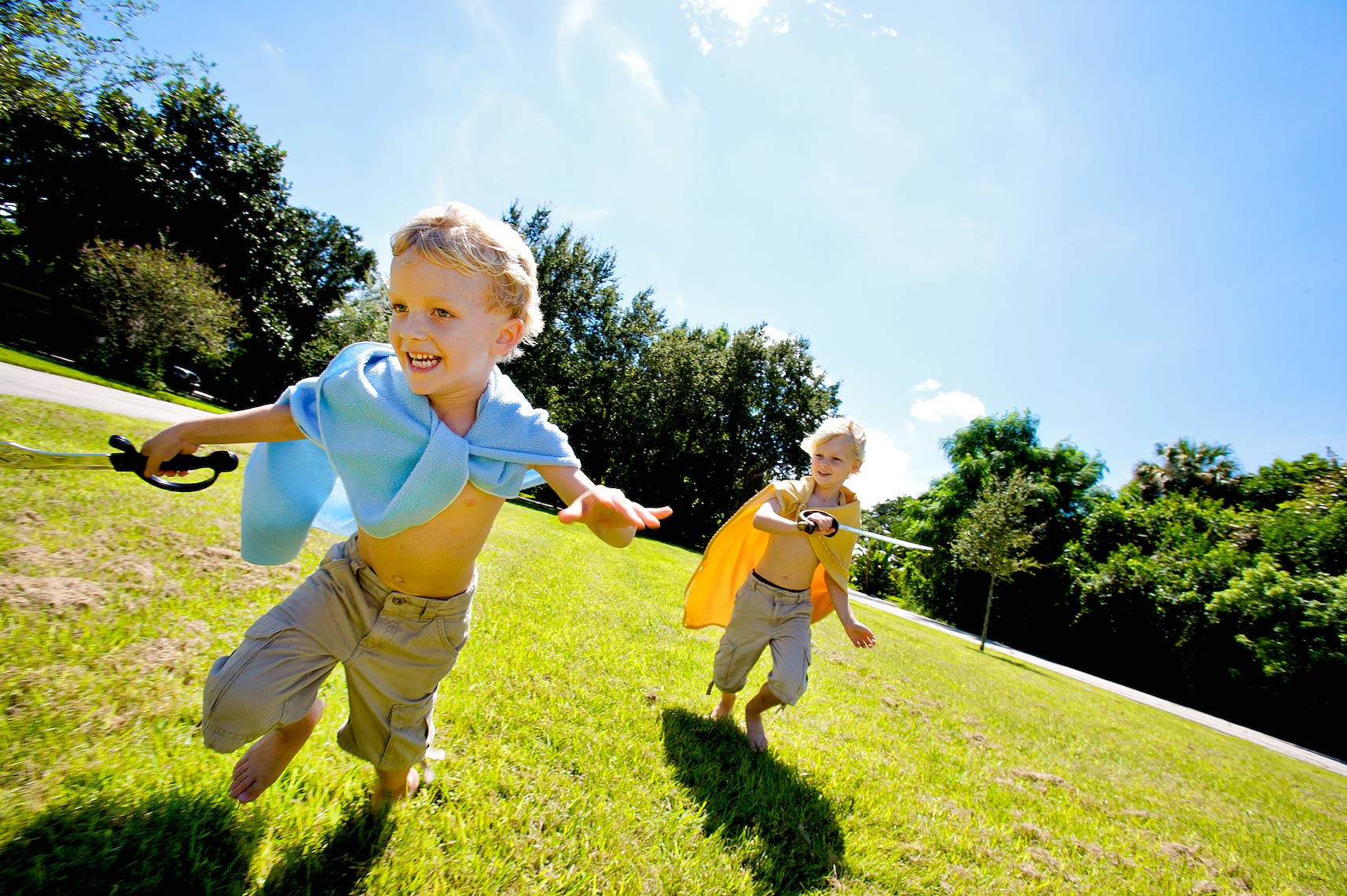 kids running with blanket capes_Robert-Holland.jpg