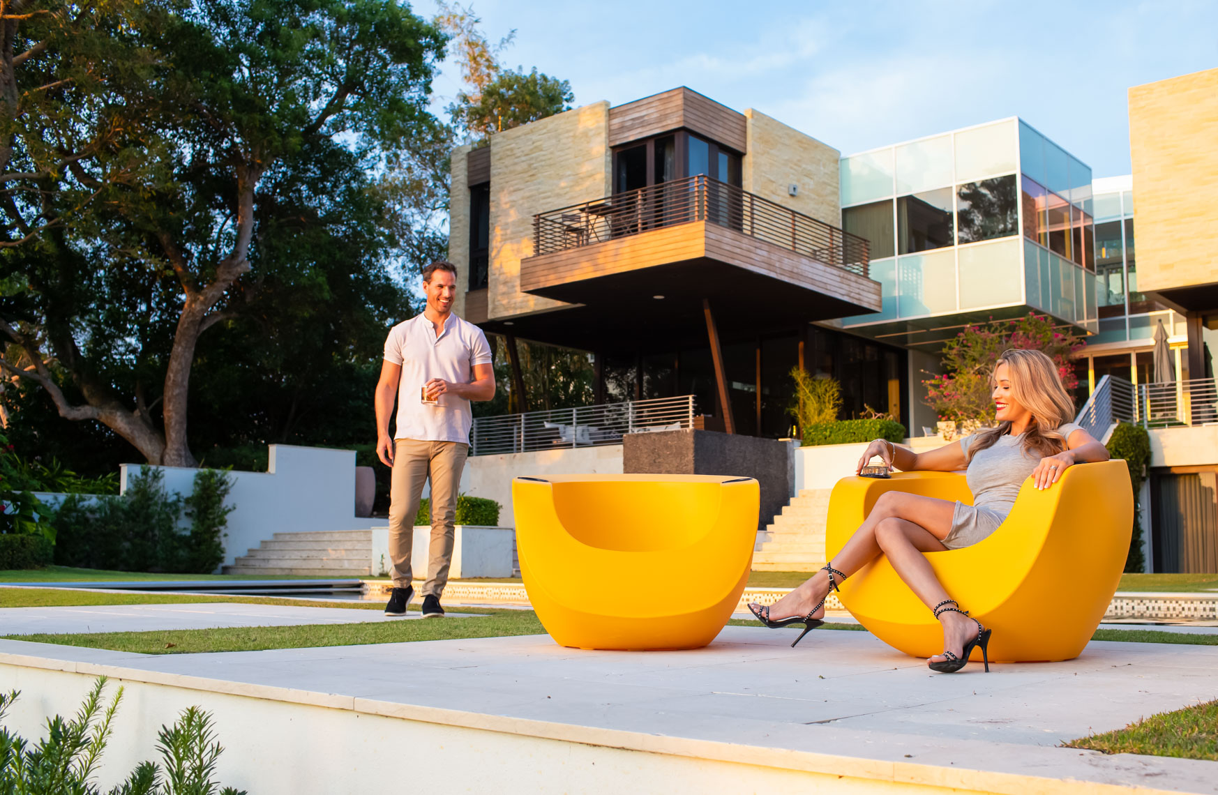 Couple on patio modern home_1906_RobertHolland
